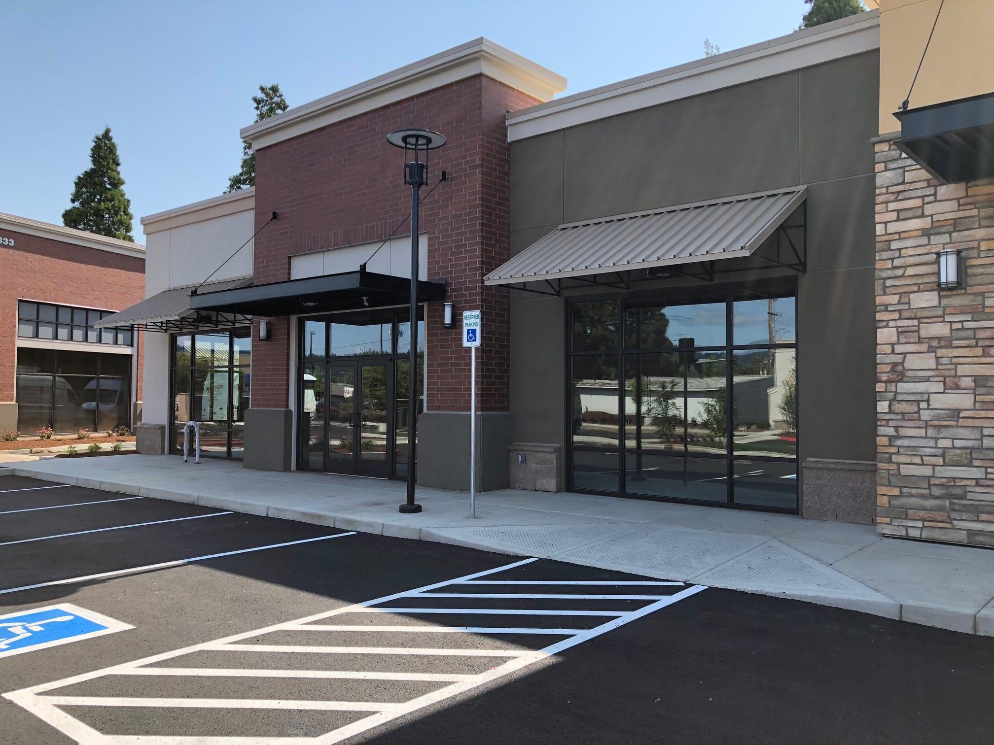 Riverbend Square Commercial Center
